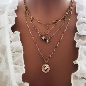 Jewelry - Boho Gold Star Pendant Dainty Necklace